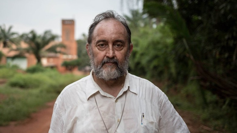 Uskup Katolik Lindungi 2 Ribu Warga Muslim dari Kejaran Milisi