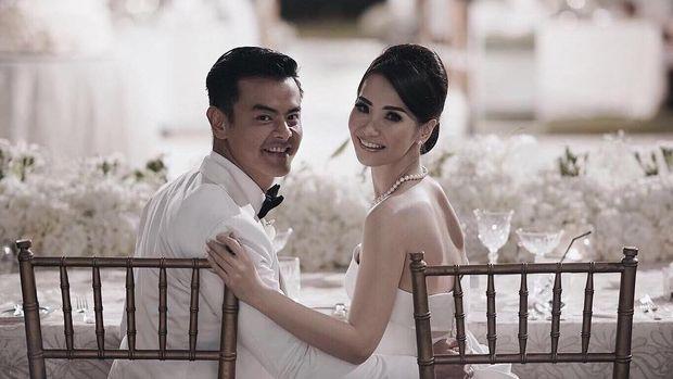 10 Pernikahan Terhot di Tahun 2017