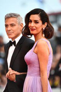 George Clooney dan Amal Clooney di karpet merah Venice Film Festival.