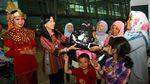 Berbusana Adat, AP II Tonjolkan Budaya Indonesia di Harpelnas