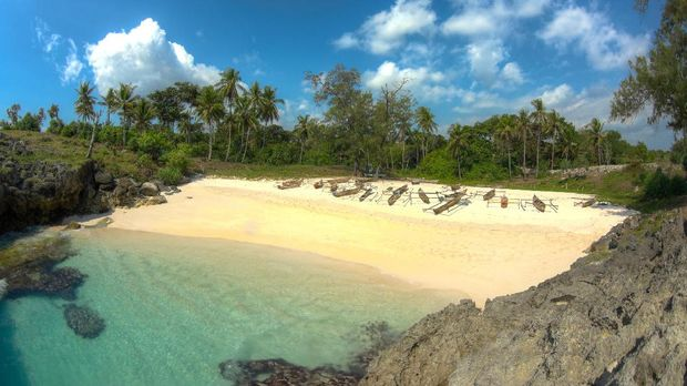 Deretan pantai eksotis di Sumba