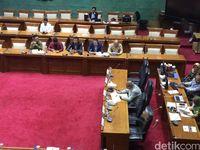 Rapat Bahas Utang Pemerintah Hanya Dihadiri 10 Anggota DPR