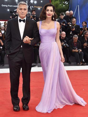 Goerge dan Amal Clooney di karpet merah Festival Film Venice ke-74.