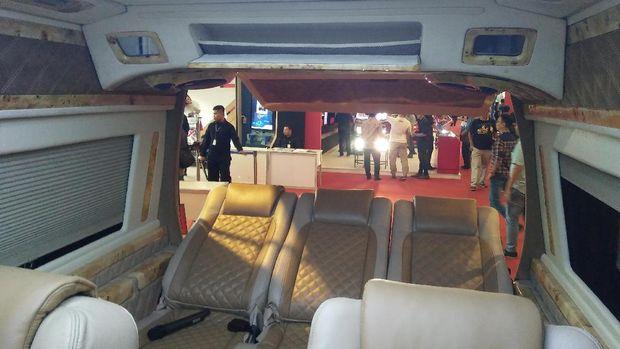 Interior Mobil Mewah Ini Tembus Miliaran Rupiah