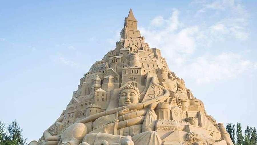 Mau Lihat Istana Pasir Tertinggi di Dunia, Ini Foto-fotonya!