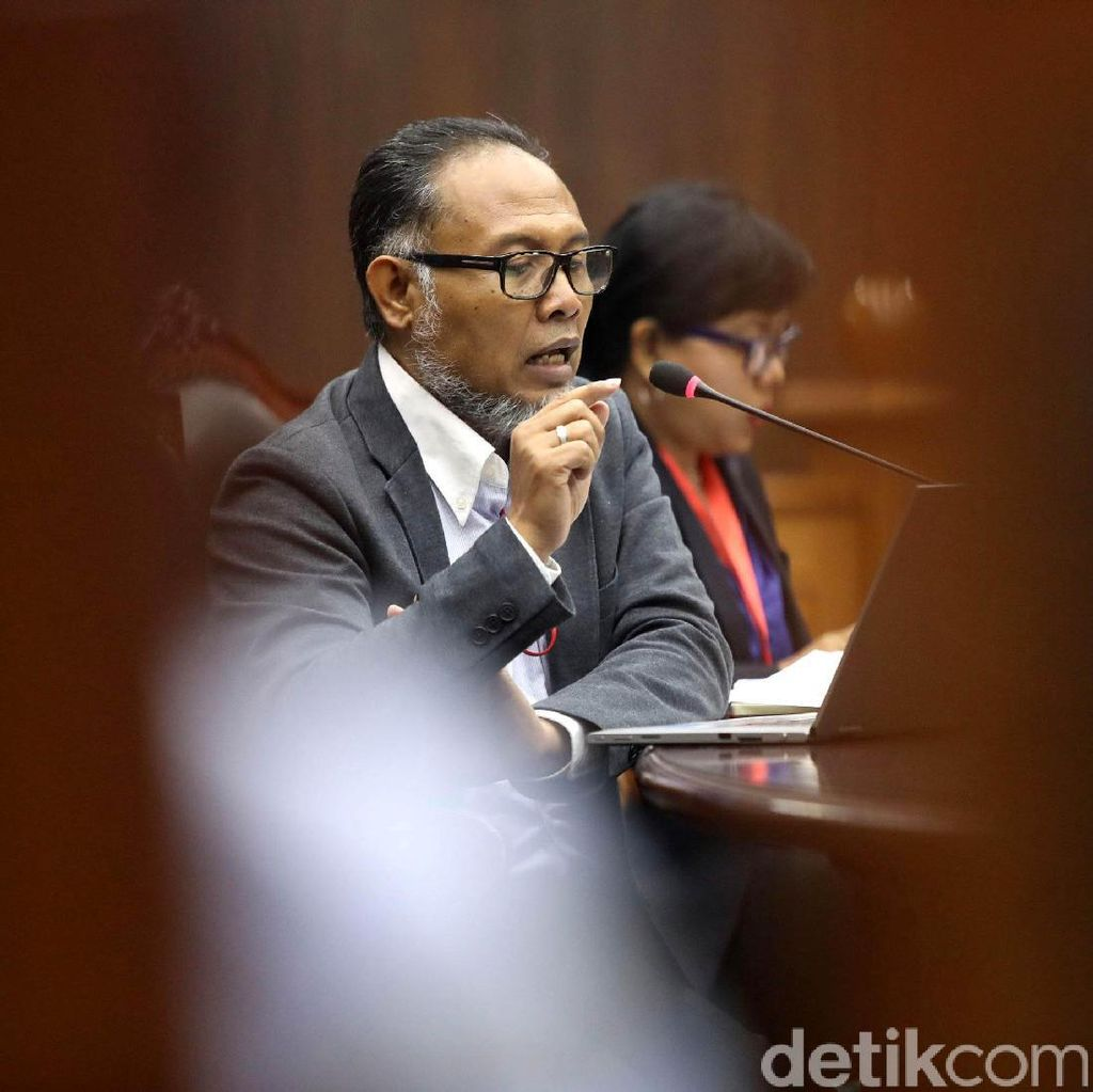 Daftarkan Gugatan Prabowo, BW Merasa Dihambat untuk Sampai ke MK