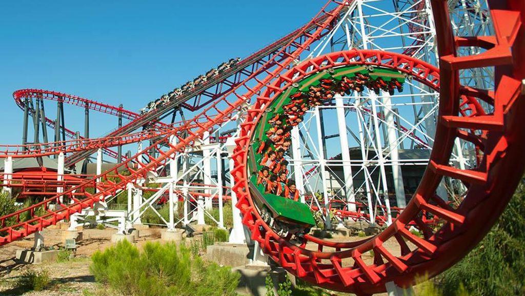 Foto: Deretan Roller Coaster Paling Ngeri di Dunia