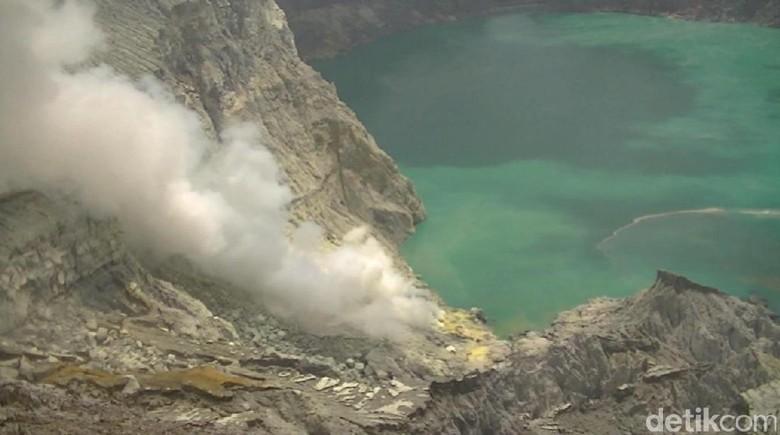 Keterlaluan! Enam Aki Alat Pendeteksi Gunung Ijen Hilang
