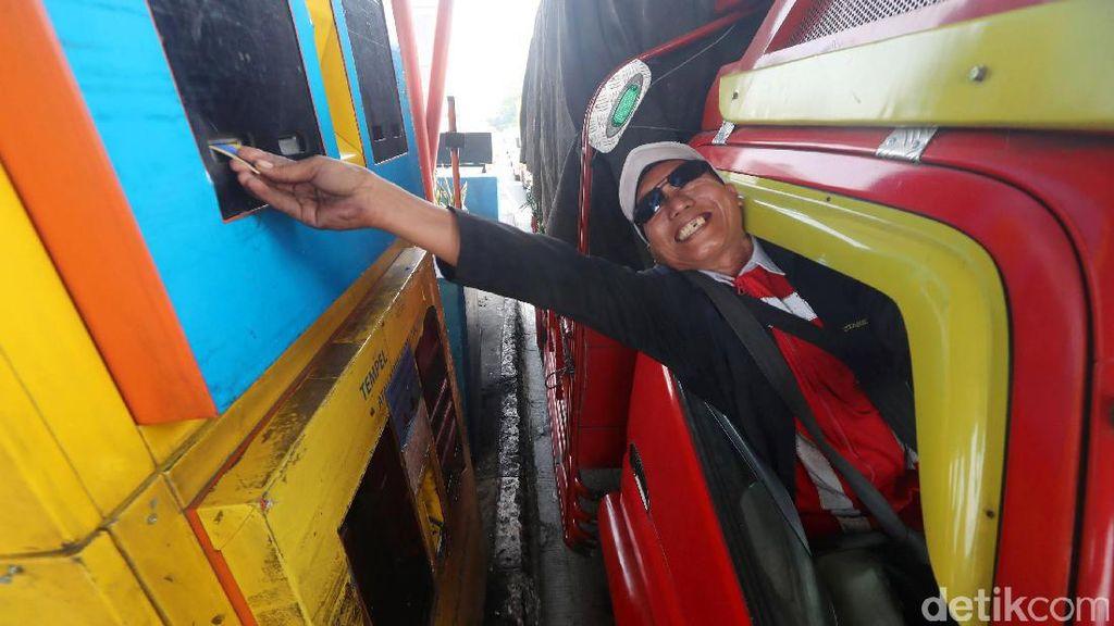 Saran Serikat Pekerja Agar PHK di Gerbang Tol Bisa Ditekan