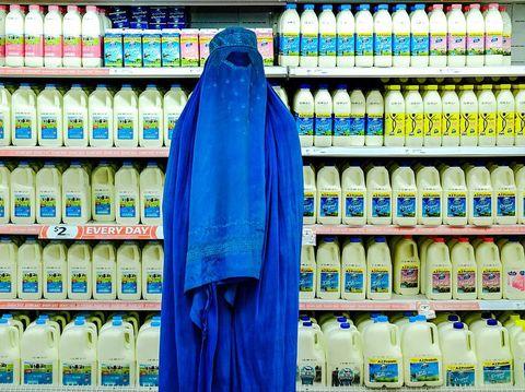 Fabian muir, fotografer yang dapat penghargaan karena wanita pakai burqa.