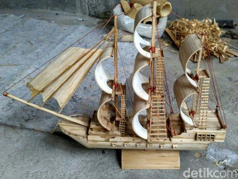 Miniatur dari pohon bambu/