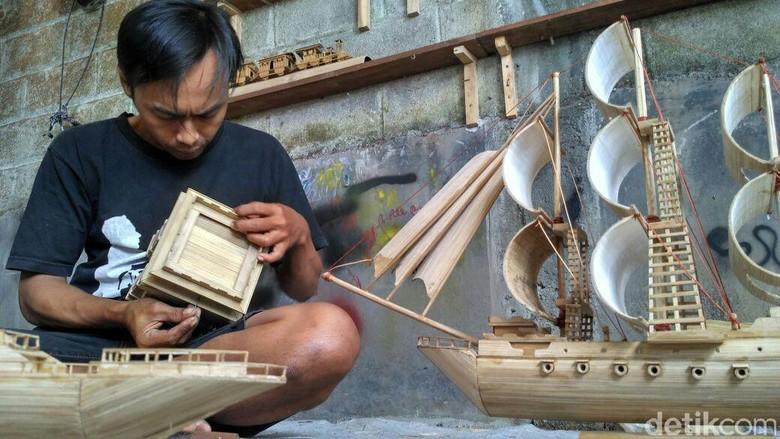 Ini Karya Miniatur Warga Kediri dari Pohon Bambu