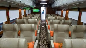 Mudik Mewah Naik Gerbong Kereta Bintang Lima, Mau Coba?