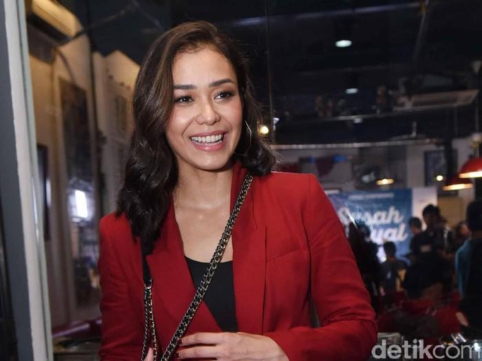 Adinia Wirasti