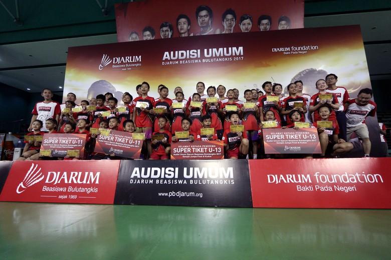 PB Djarum vs KPAI soal Audisi Badminton Disetop, Bagaimana Pendapat Anda?