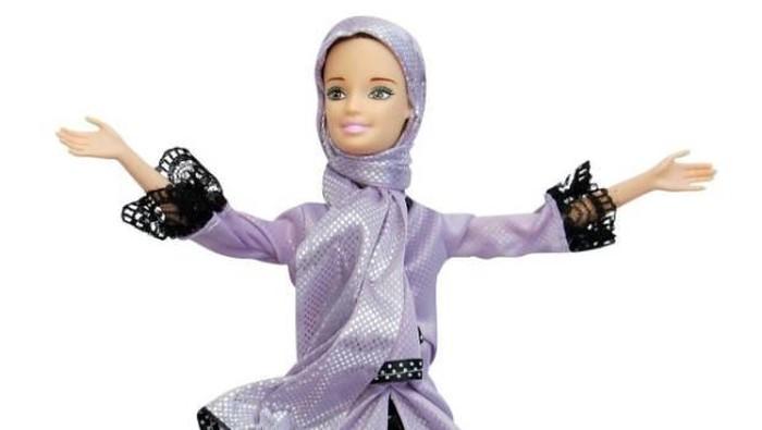 Gambar Barbie Hijab Hitam Putih