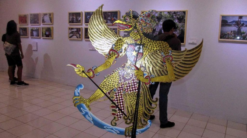 Pameran Foto Di Mana Garuda, Melihat Keberagaman Indonesia