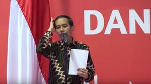 Foto: Gaya-gaya Rambut Jokowi, Perlu Pakai Pomade Nggak Sih?
