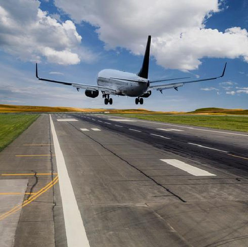 Ramai Tiket Pesawat Mahal & Bagasi Berbayar, Bagaimana di Luar Negeri?
