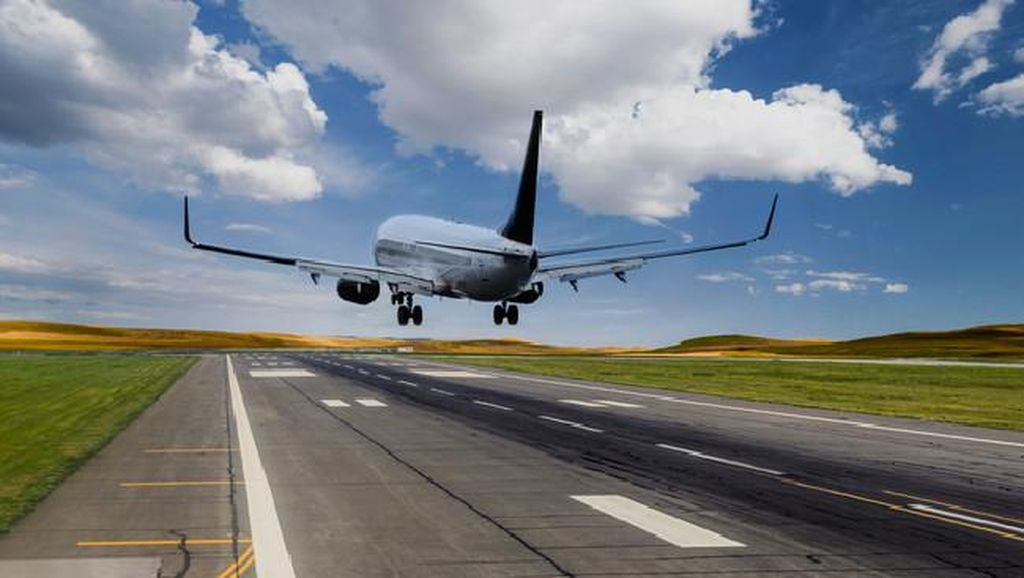 Nekat Sembunyi di Roda Pesawat, Hal Ini Bisa Terjadi Pada Tubuh Kamu