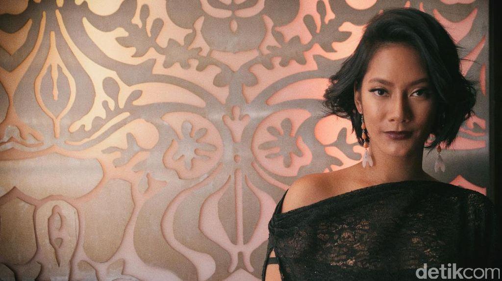 Challenge! Mengenang Adegan Tara Basro di Filmnya