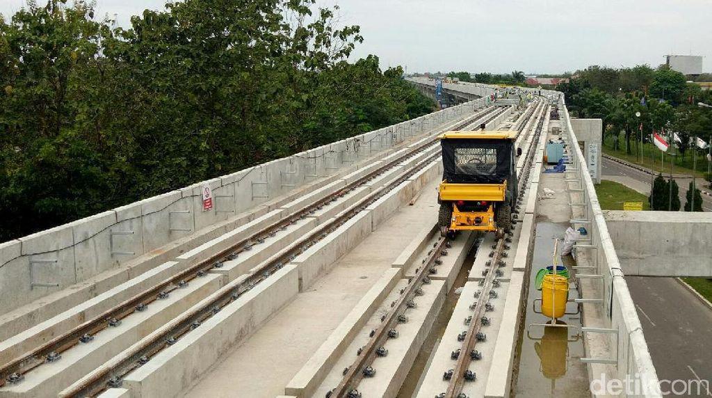 Jalan Rusak Akibat Proyek LRT Palembang Segera Diperbaiki