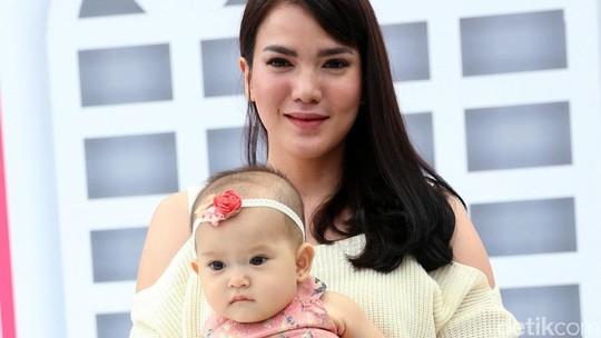Chelsea Olivia Bening Banget, Pose Menggoda Shandy Aulia