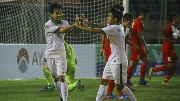 Timnas Indonesia U-19 keluar sebagai juara grup B Piala AFF U-18 2017.