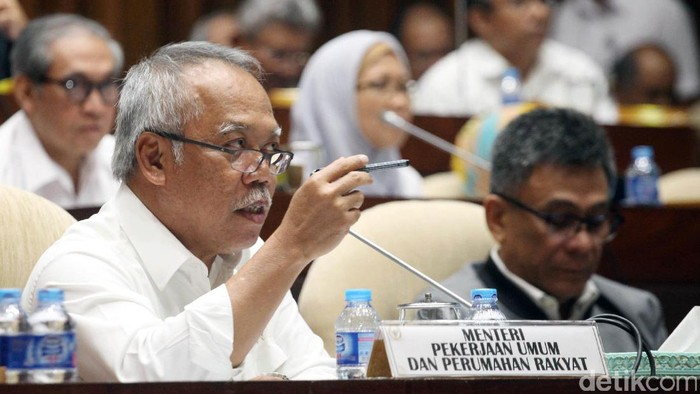 Menteri Pekerjaan Umum dan Perumahan Rakyat (PUPR) Basuki Hadimuljono mengikuti rapat kerja dengan Komisi V DPR. Rapat itu membahas anggaran.