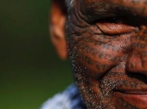Foto: Badan Penuh Tato Bukti Kesetiaan Pada Dewa