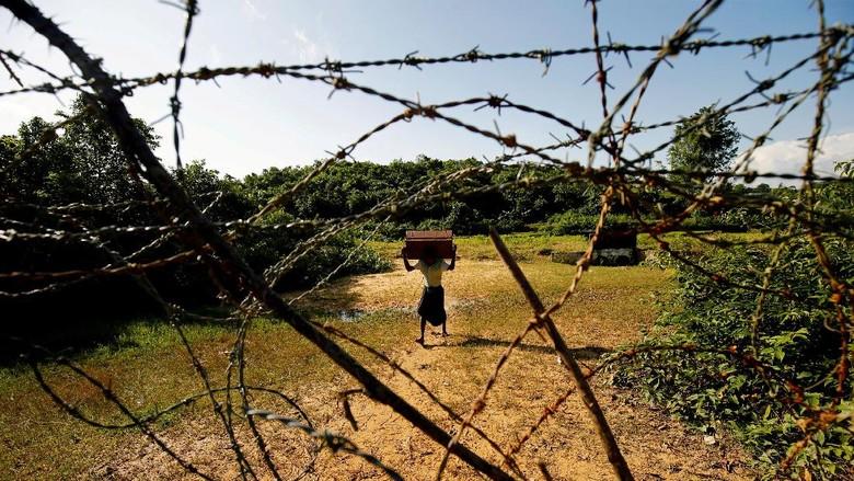 3 Warga Rohingya Tewas Kena Ranjau Saat Akan Mengungsi