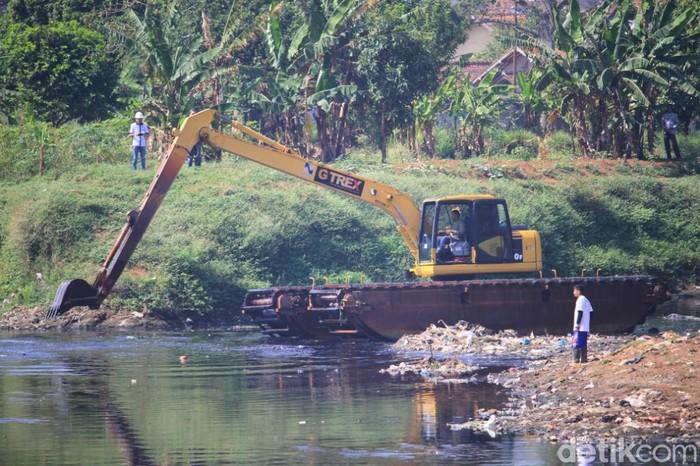 Sungai CItarum. (Foto: Wisma Putra/detikcom)
