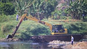 Geliat Pembersihan Sungai Citarum yang Jadi Sorotan Dunia