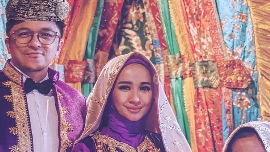 Kisah Cinta Laudya Cynthia Bella-Engku Emran, Raisa Gelar Resepsi di Bali