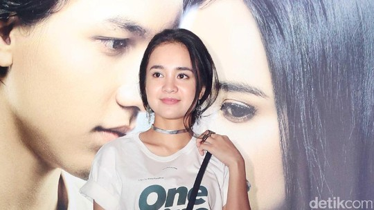 Si Cantik Michelle Ziudith Bintangi  Film One Fine Day