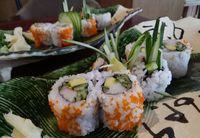 Pertama Kali Cicipi <i>California</i> dan <i>Volcano Roll</i>, Orang Jepang: Ini Bukan Sushi