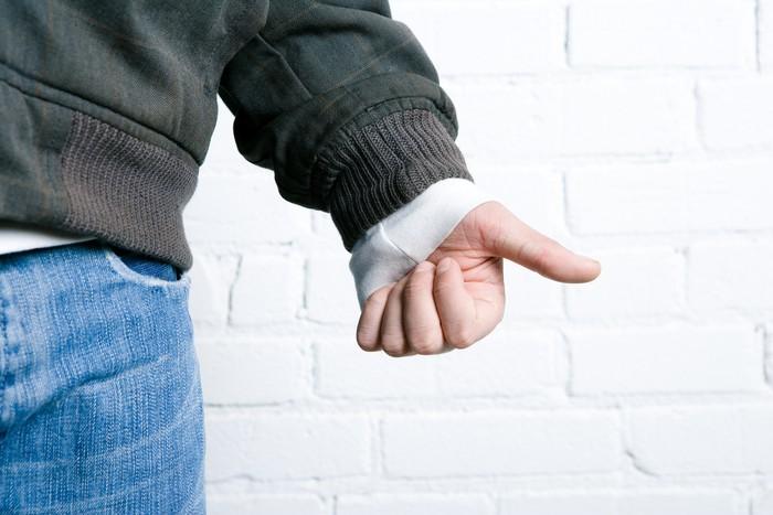 Siapa sangka, jempol tangan memiliki pengaruh besar dalam bercinta. Coba lakukan pemasanan dengan mengisap jempolnya seperti anak kecil dan lihat apa yang akan terjadi. Foto: Thinkstock