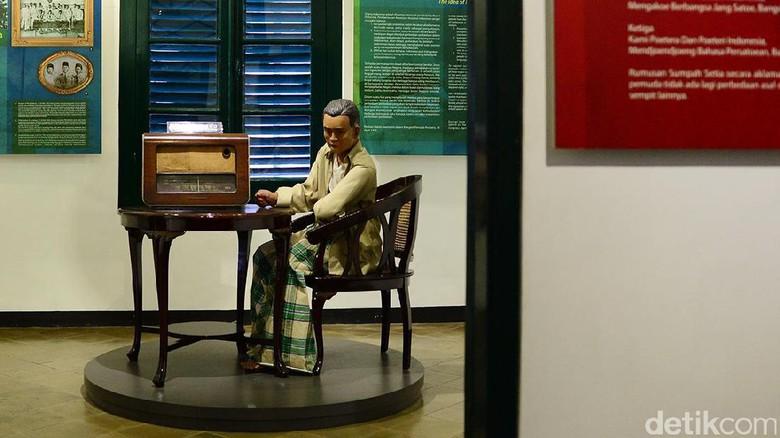Museum Sumpah Pemuda, Jl Kramat Raya No 106.
