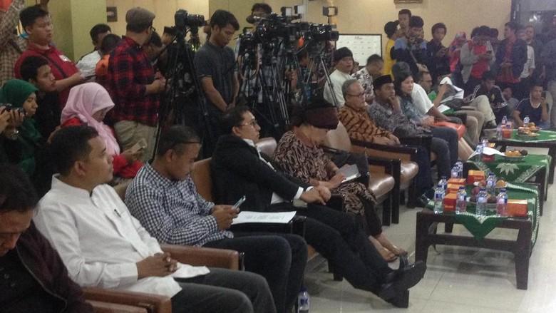 Wamenlu dan Fadli Zon Hadir di Acara Puisi untuk Rohingya