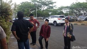 Bupati Anas Kenalkan Mufti Anam Kepada Elit PDIP, Siapa Dia?