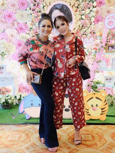 Nindy Dinyinyirin Netizen karena Pakai Piyama ke Pesta Ultah Anak KD