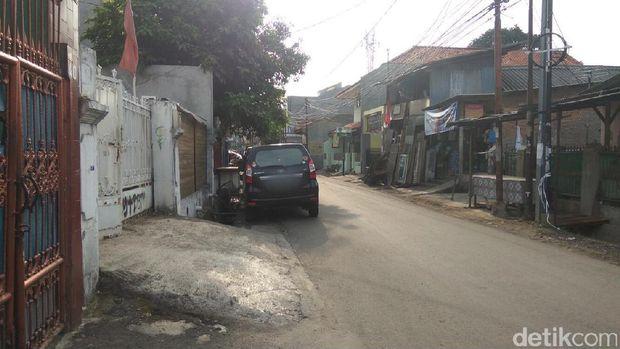 Ilustrasi parkir mobil di pinggir jalan