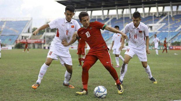Egy Maulana Vikri menyumbang satu gol saat Indonesia mengalahkan Brunei 8-0.