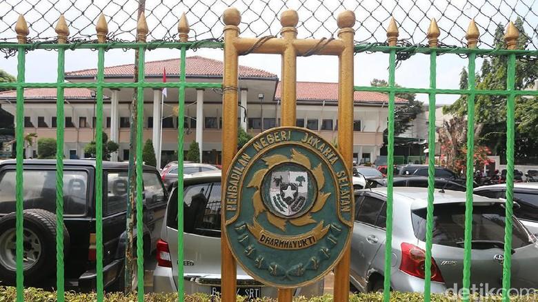 Tim Hukum PKS Ajukan Penolakan Sita Aset Sohibul ke PN Jaksel
