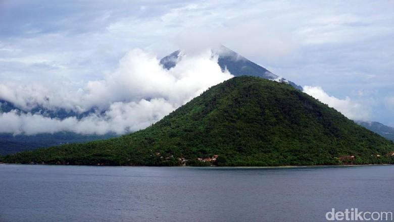 Pulau Maitara, pulau cantik di lembaran uang seribu rupiah lama (Wahyu/detikTravel)