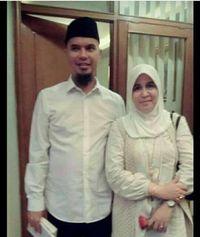 Foto Asma Dewi bersama Ahmad Dhani/