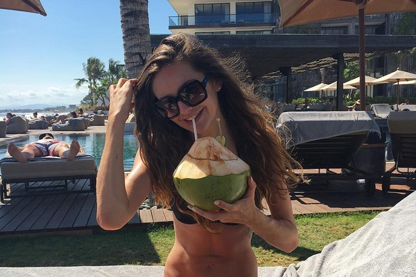 Beberapa tahun lalu, ia pun sempat liburan ke Bali dan menginap di sejumlah hotel berbintang. Ini saat Bridie menginap di Alila Resort Seminyak Bali (@bridiewilkins/Instagram)