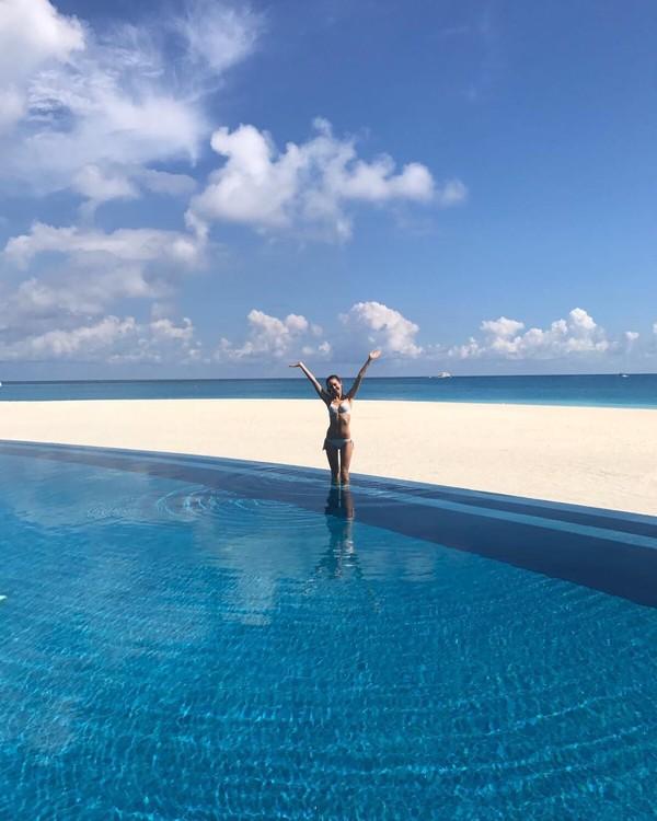 Berkat gaya hidup Bridie yang sederhana, per bulan ia dapat menabung hingga Rp 10 juta. Kelebihan uang itu lah yang ia pakai untuk traveling mewah (@bridiewilkins/Instagram)