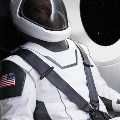 Pakaian luar angkasa SpaceX. Foto: Elon Musk