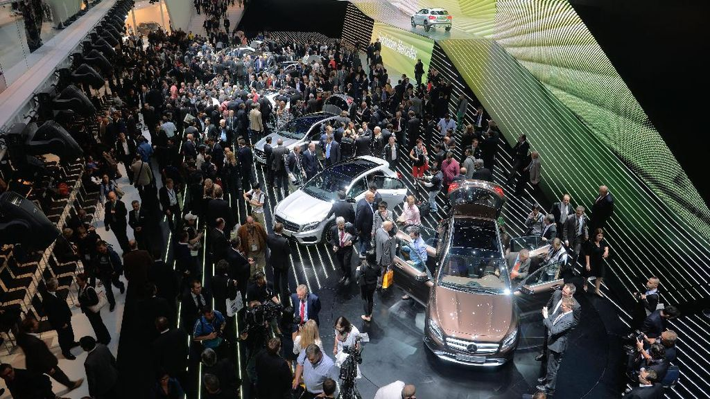 Pameran Otomotif di Jerman Didemo, Massa Protes Kendaraan Kotor